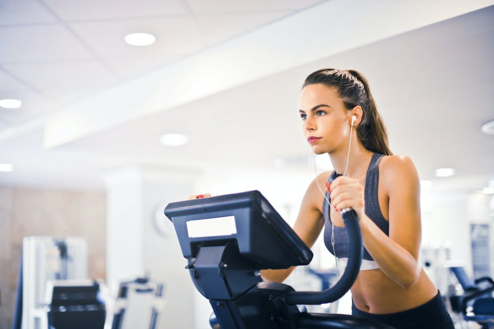 Pros and Cons of Fasted Cardio in Weight Loss
